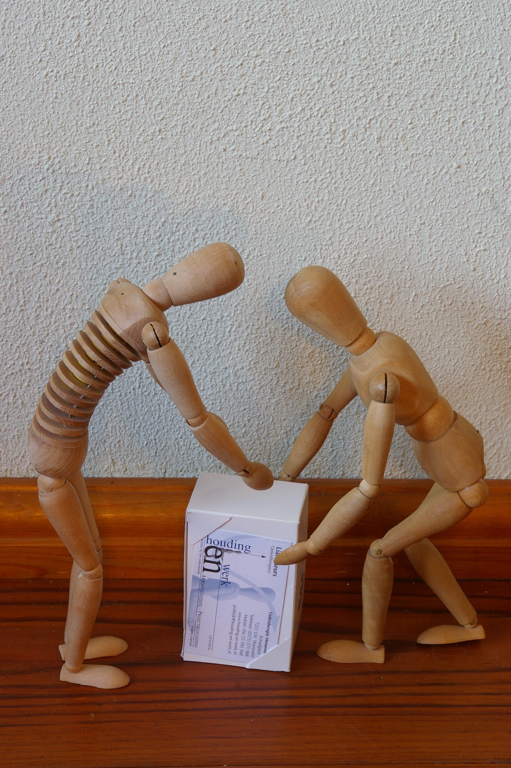 Voorstelling H-en-W, houten poppetjes 006