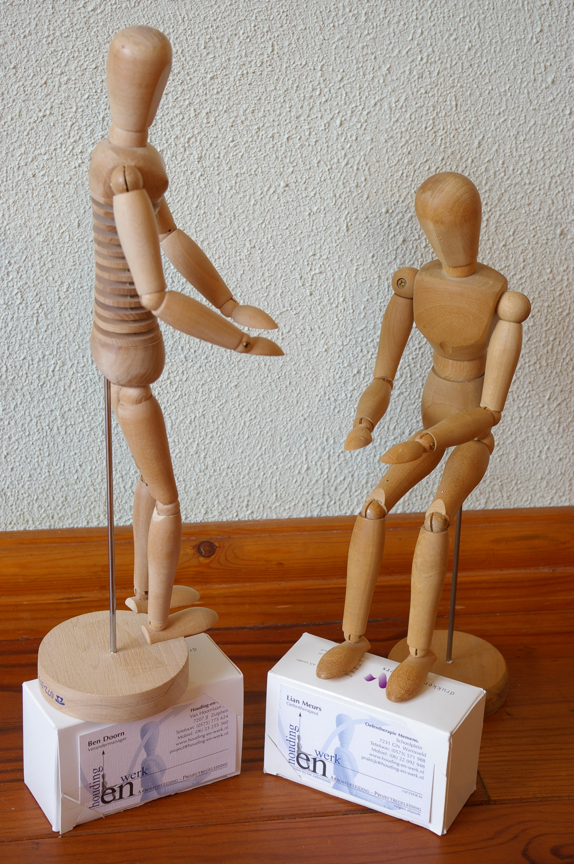 Voorstelling h-en-W met houten poppetjes (11)