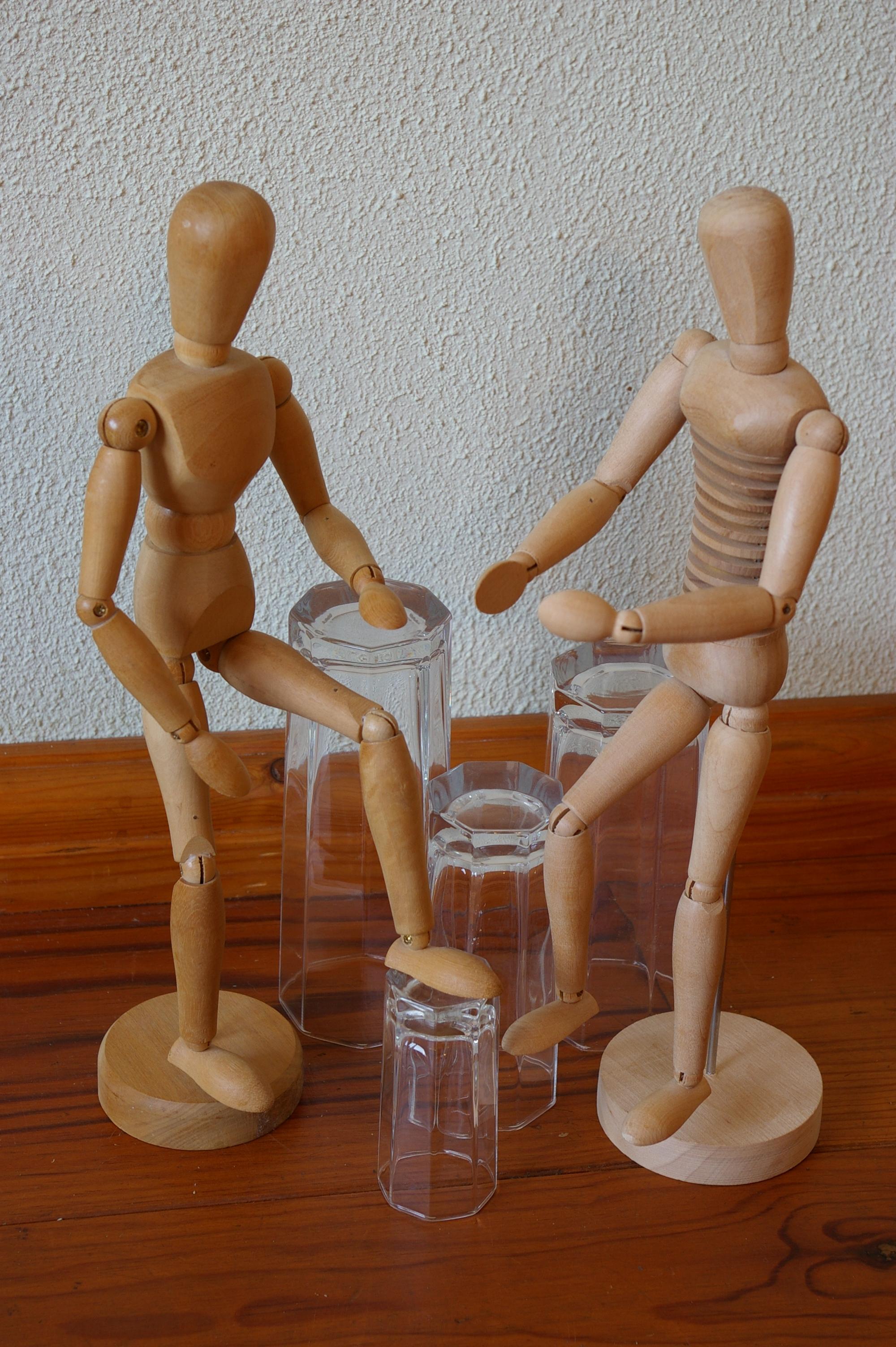 Voorstelling h-en-W met houten poppetjes (12)