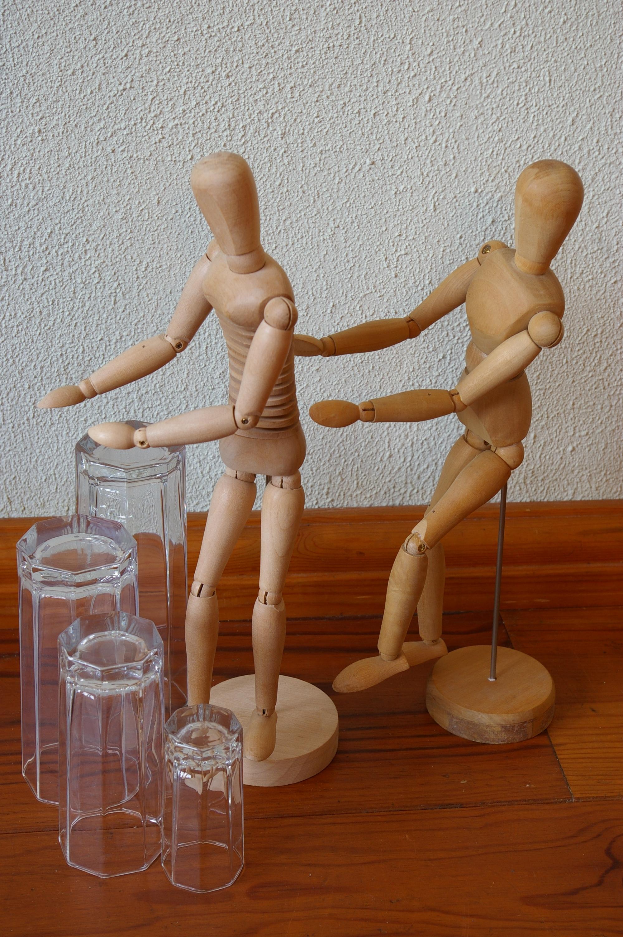 Voorstelling h-en-W met houten poppetjes (17)